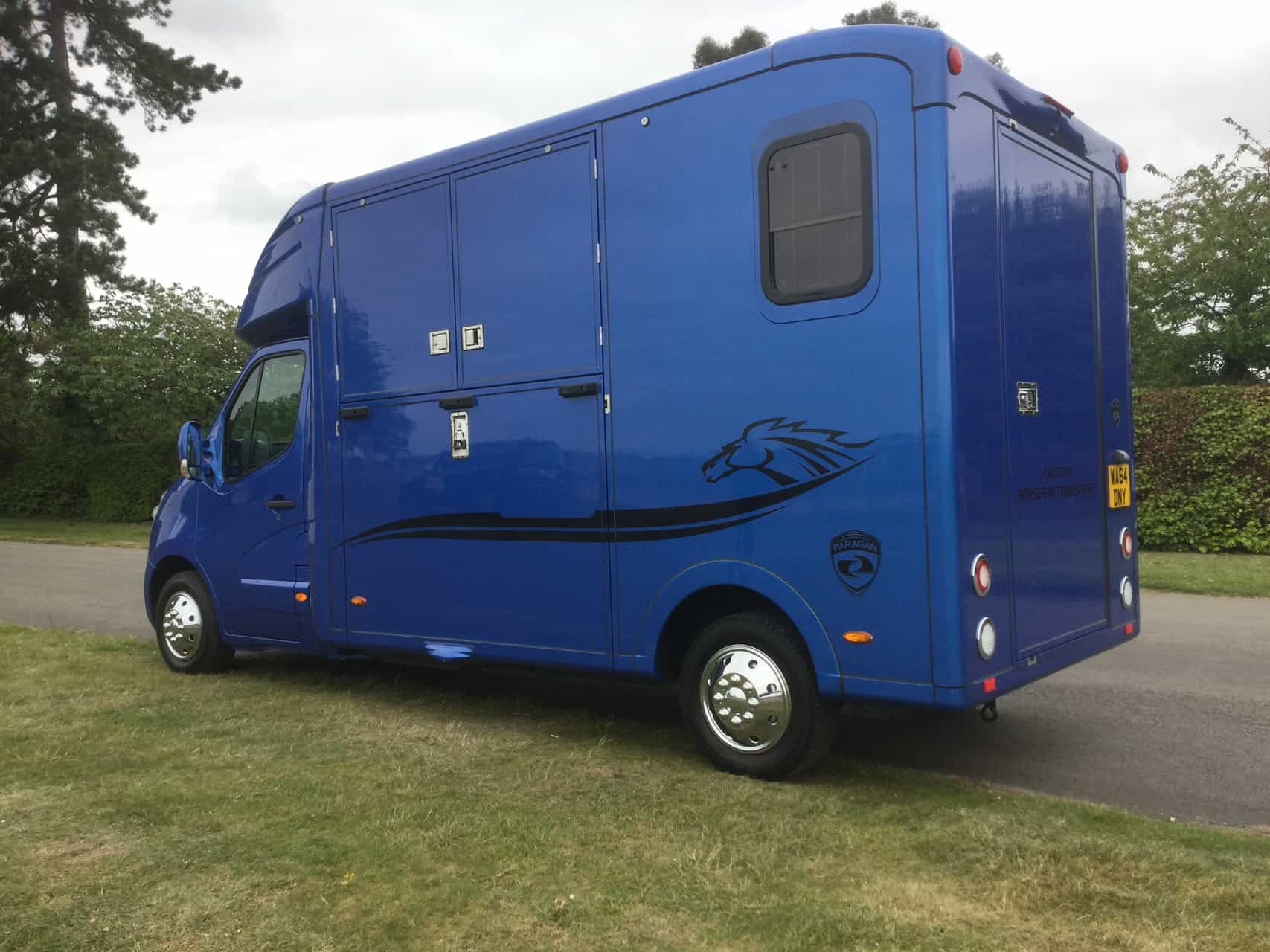 PARAGON 2 , Top Quality ,Ideal Racebox/Mare and Foal, 10,000 miles 14 Reg Renault Master   £29,950 +vat with large horse area and storage , Electric Pack, Air Con, Sat Nav. CCTV